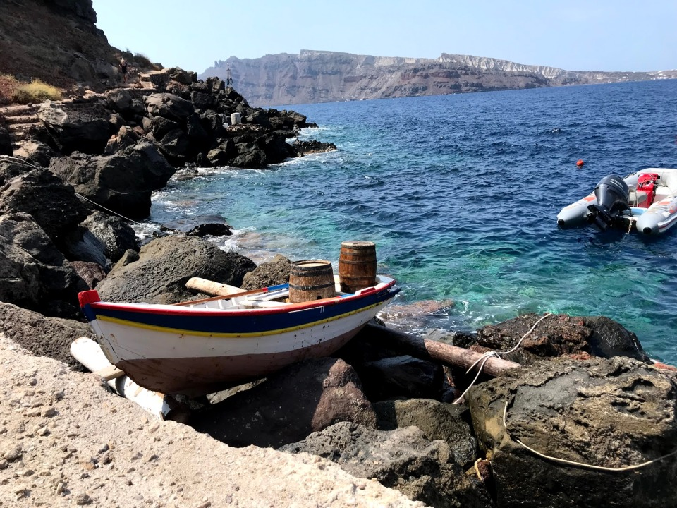 greece-water- boat